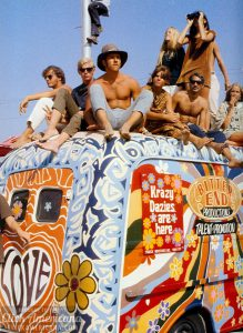 woodstock-1969-flower-power-bus